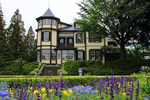 Как перевести построенный дом в собственность?