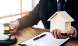 Приватизация – это процесс передачи в частную собственность государственных имущественных прав. Оформление данной процедуры происходит путем подписания соглашения. Собственник платит за получение прав собственности исключительно во время технического заключения соглашения.